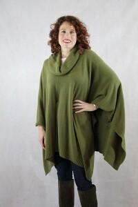 Cheyenne Knitted Poncho - Olive